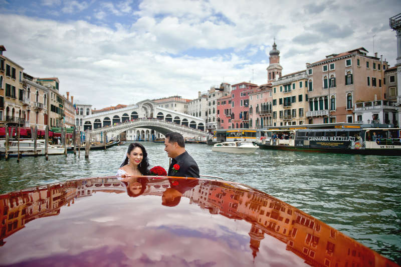 Get married in Venice with Marive Transport