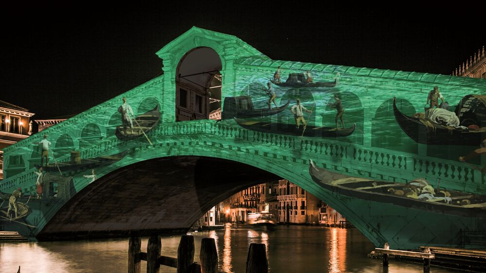 Venice celebrates 1600 years: for the occasion the Rialto Bridge is dressed in video projections
