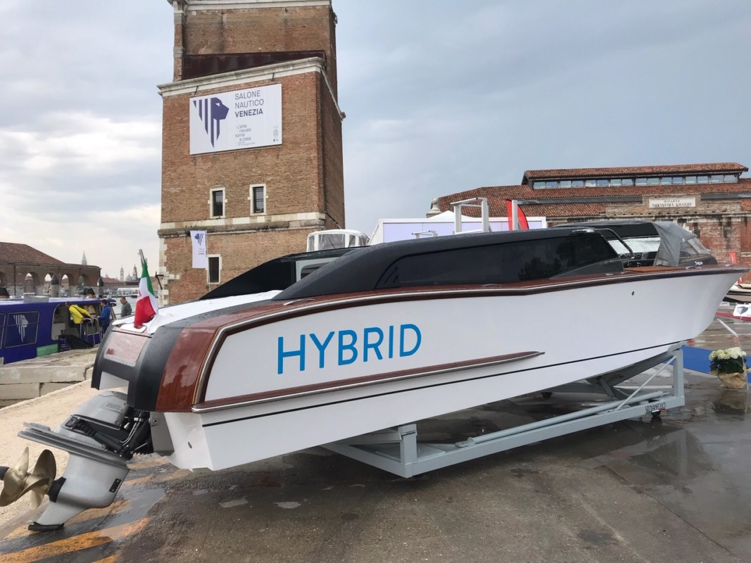 Venice: The hybrid taxi is coming